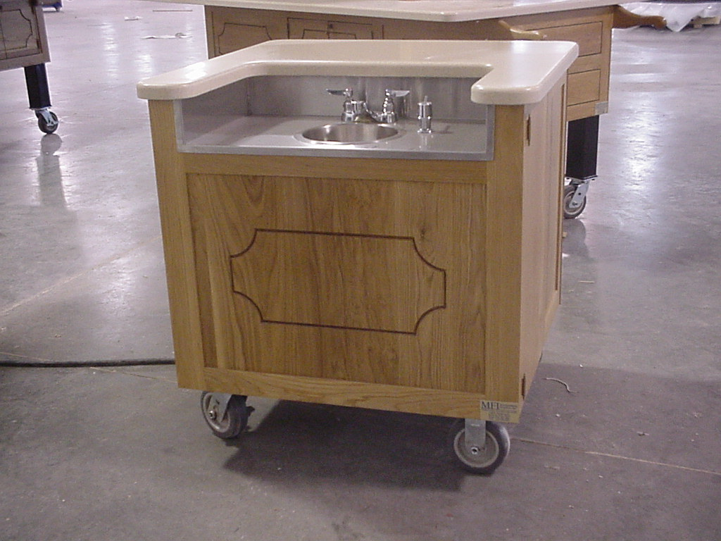 Self Contained Sink Cart For Mobile Foodservice Vending